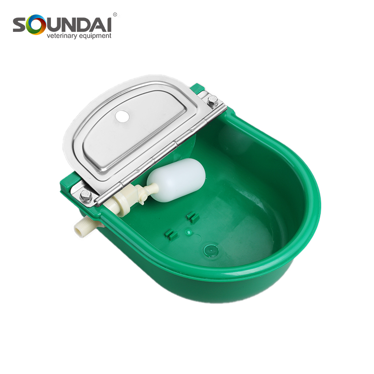 5L Large Capacity Durable Wholesale Automatic Cattle Water Nylon Plastic Brass Valve Cow Cattle Nipple Drinker Bowl SDWB18